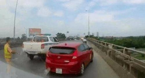Xử phạt chủ xe hết hạn kiểm định, không chấp hành lệnh CSGT