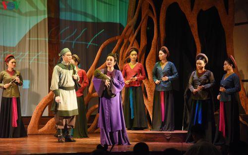Công diễn vở kịch hát 'Ngàn năm mây trắng' tại Nhà hát VOV