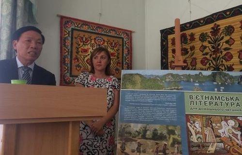 Giới thiệu sách dịch Văn học Việt Nam tại Ukraine