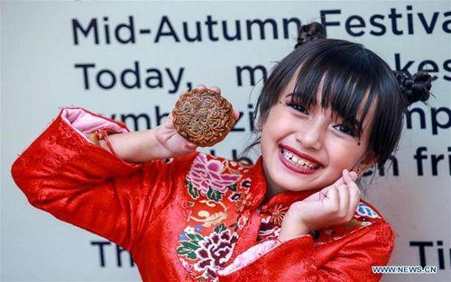 Sắc màu Trung thu tại châu Á