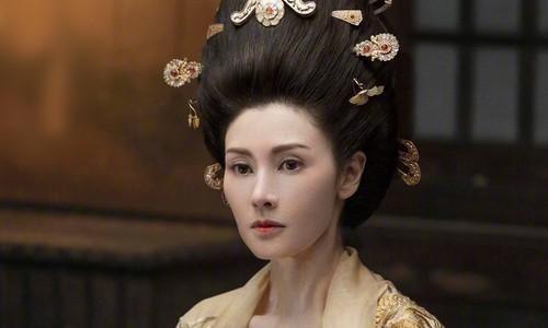 'Hoa hậu đẹp nhất Hong Kong' nhận cát-xê 7 triệu USD để tái xuất gây tranh cãi