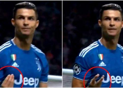 Bị chửi như tát nước vào mặt, Cristiano Ronaldo có hành động khó lý giải