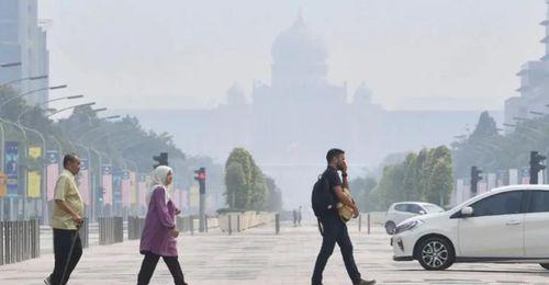 'Khủng hoảng khói mù' du khách chuyển hướng sang Việt Nam, Thái Lan