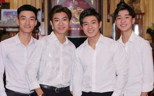 4 anh em và loạt bạn trẻ Nghệ An gây chú ý trên mạng