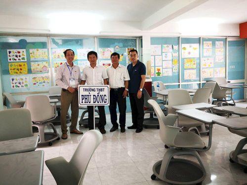 Huawei Việt Nam tặng thiết bị văn phòng cho trường học và các hiệp hội ICT