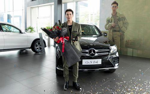 Mercedes-Benz GLC 300 giá hơn 2 tỷ đồng mà Erik vừa tậu có gì đặc biệt?