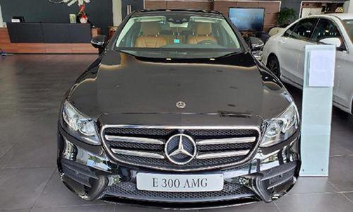 Cận cảnh Mercedes-Benz E300 AMG hơn 2,8 tỷ tại Việt Nam