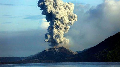 Núi lửa Ulawun ở Papua New Guinea lại 'trở mình' thức giấc