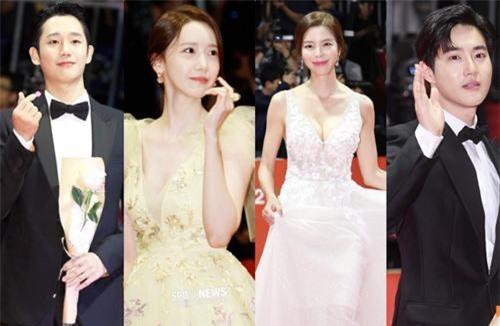 Siêu thảm đỏ LHP Busan: Yoona hóa nữ hoàng, 'cân' cả dàn mỹ nhân body bốc lửa, mỹ nam EXO đụng độ hội tài tử