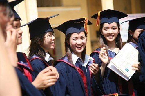 Học thạc sĩ khi chưa có bằng đại học: Bộ GD&ĐT đừng 'thả nổi', tránh 'đệm lót' đào tạo 'thạc sĩ ảo'