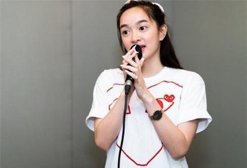 Kaity Nguyễn bất ngờ hé lộ hình ảnh luyện thanh nhạc để chuẩn bị lấn sân ca hát