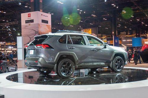 Toyota công bố giá bán SUV địa hình RAV4 TRD Off-Road 2020