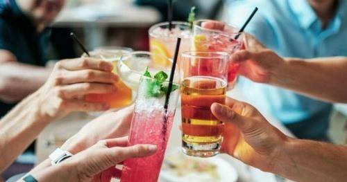 Cảnh báo nguy hiểm: Cha mẹ uống rượu nhiều, con sinh ra dễ bị bệnh tim