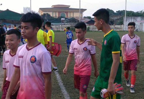 CLB Hà Nội mất suất châu Á vì cho Sài Gòn FC mượn nhầm U15