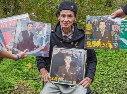 Ca sĩ 92 tuổi bị điều dưỡng đầu độc vì không muốn tiếp tục chăm sóc
