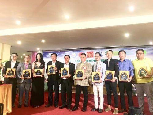 Gần 200 'người đẹp' tranh tài tại cuộc thi chó đẹp quốc tế Việt Nam 2019