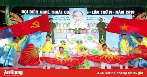 Hội diễn nghệ thuật quần chúng Cụm công tác Đảng và công tác quần chúng số 8