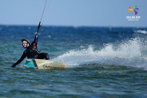 Ninh Chữ: Từ thiên đường lướt ván diều đến trung tâm du lịch trải nghiệm châu Á