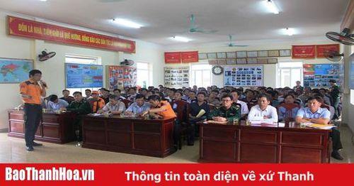 Tập huấn kiến thức pháp luật về biển, đảo và bảo vệ nguồn lợi thủy sản cho ngư dân