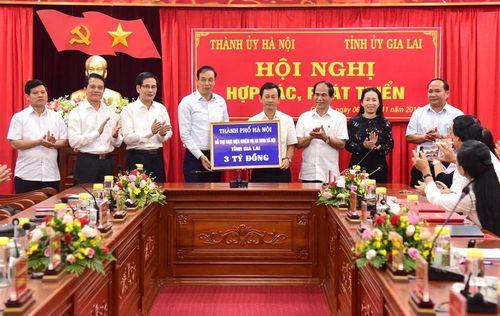 Hà Nội và Gia Lai họp bàn thúc đẩy hợp tác, phát triển