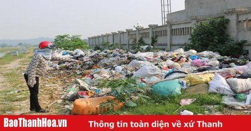 Người dân bức xúc vì ô nhiễm môi trường từ bãi rác xã Hà Thái