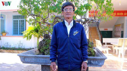 Già làng A Chông giàu uy tín làm kinh tế giỏi
