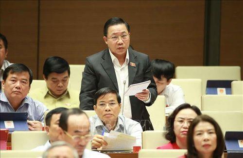 Bên lề Kỳ họp thứ 8, Quốc hội khóa XIV: Xử lý thật nghiêm Thượng úy công an hành hung nhân viên bán hàng