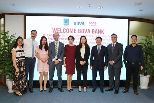 PV Power làm việc với Ngân hàng BBVA