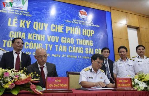 VOV Giao Thông tăng cường hợp tác với Tổng công ty Tân Cảng Sài Gòn