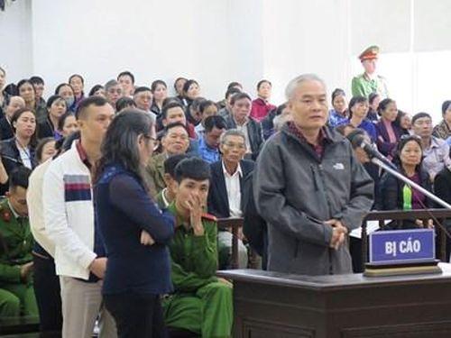 Tòa tuyên trả hồ sơ vụ lừa đảo hơn 1.000 người tham gia chương trình 'Trái tim Việt Nam'