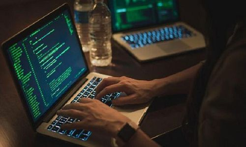Học sinh có xu hướng 'nhập vai' tin tặc tấn công DDoS