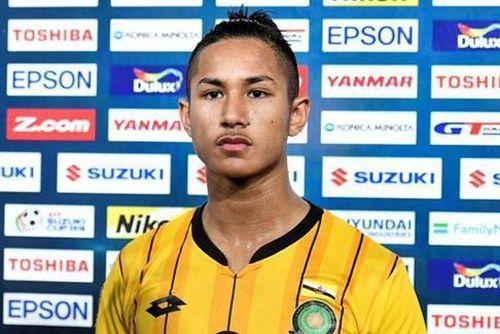 Dân mạng tìm kiếm cầu thủ Brunei giàu hơn Ronaldo