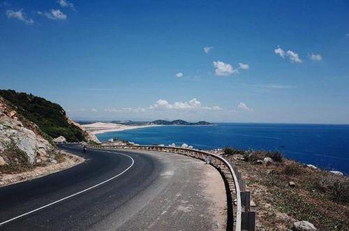 6 gói xây lắp đường ven biển đoạn Cát Tiến - Đề Gi (Bình Định) có tỷ lệ tiết kiệm thấp