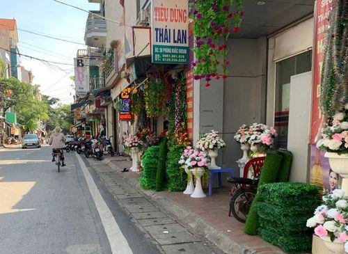 Thị xã Sơn Tây: Kiên quyết xử lý vi phạm trật tự công cộng, trật tự đô thị
