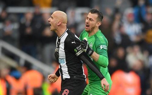 Man City chia điểm đáng tiếc trên sân của Newcastle
