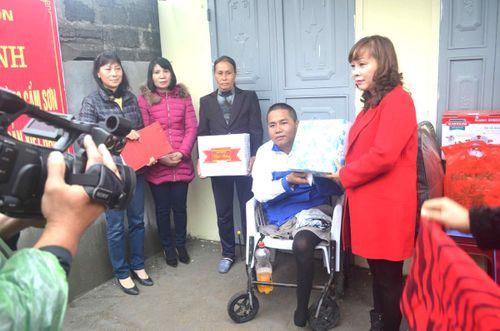Cẩm Phả chăm lo cho người khuyết tật