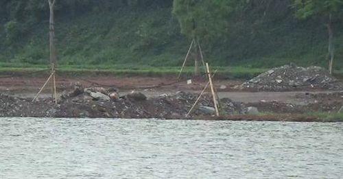 Tràn lan xâm phạm công trình thủy lợi: 'Bất lực' nhìn hồ Yên Thắng bị lấp trái phép