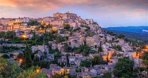 Những ngôi làng cổ xưa được mệnh danh đẹp nhất nước Pháp