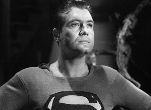 Bí ẩn cái chết của 'siêu nhân' nổi tiếng thế giới (Phần 2)