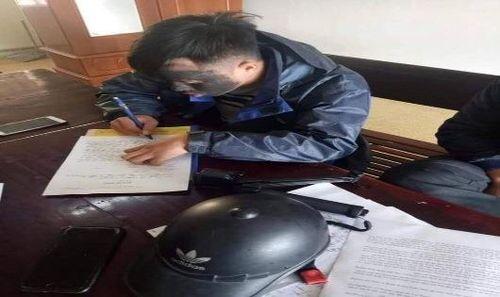Ăn xin 'kiểu mới' ở Nghệ An khiến người dân hoang mang