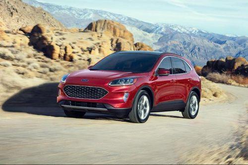 Ford Escape Hybrid 2020 có mức tiết kiệm nhiên liệu đứng đầu phân khúc