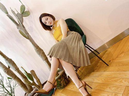 Sau tất cả, hot girl Trâm Anh xinh đẹp khoe tóc mới, triết lý về nụ cười