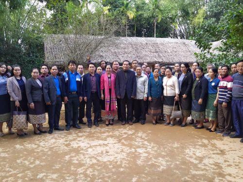 Đoàn Đại biểu Trung ương Mặt trận Lào xây dựng đất nước thăm Khu Di tích Kim Liên