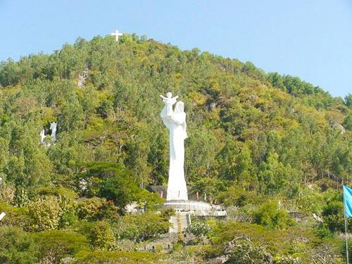 Những địa chỉ văn hóa, tâm linh ở Bà Rịa - Vũng Tàu - Đền thánh Đức Mẹ Bãi Dâu