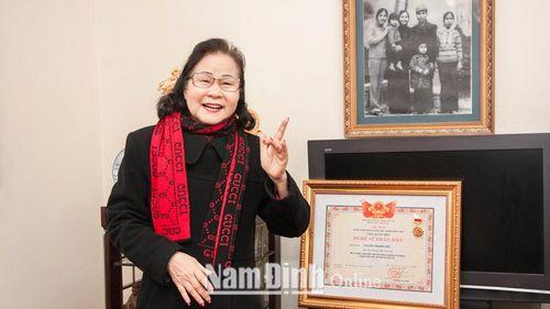 Nam Định: Nghệ sĩ Nhân dân Kim Liên - Giọng chèo 'ngọt' mãi với thời gian
