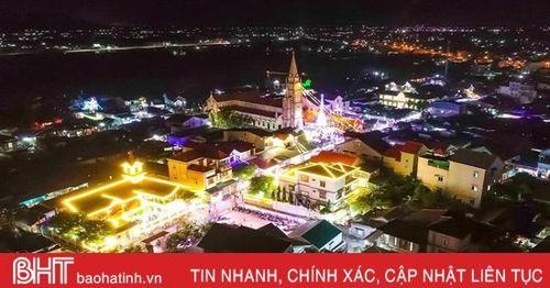 Đêm Giáng sinh rực rỡ, an lành trên khắp miền quê Hà Tĩnh
