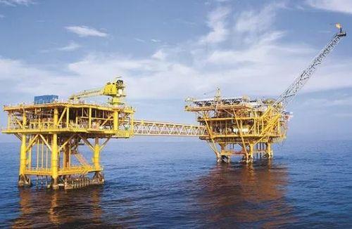 Cần nhìn nhận đúng vai trò của ngành dầu khí