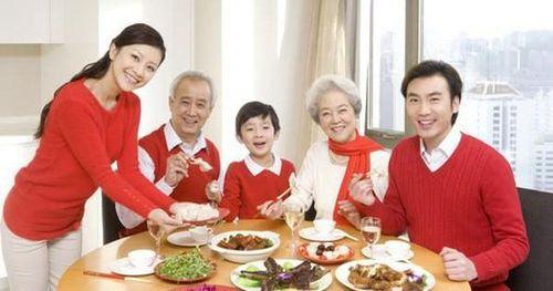 Bật mí bí quyết giữ sức khỏe cho người lớn tuổi dịp Tết