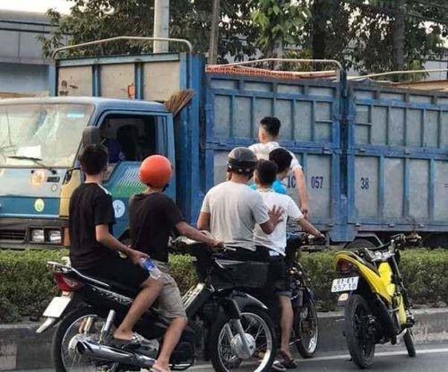 Xử lý nhóm người chặn xe chém tài xế giữa đường ở Bình Dương