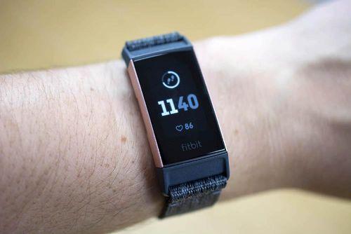 Các thiết bị Fitbit đã có thể theo dõi lượng oxy trong máu